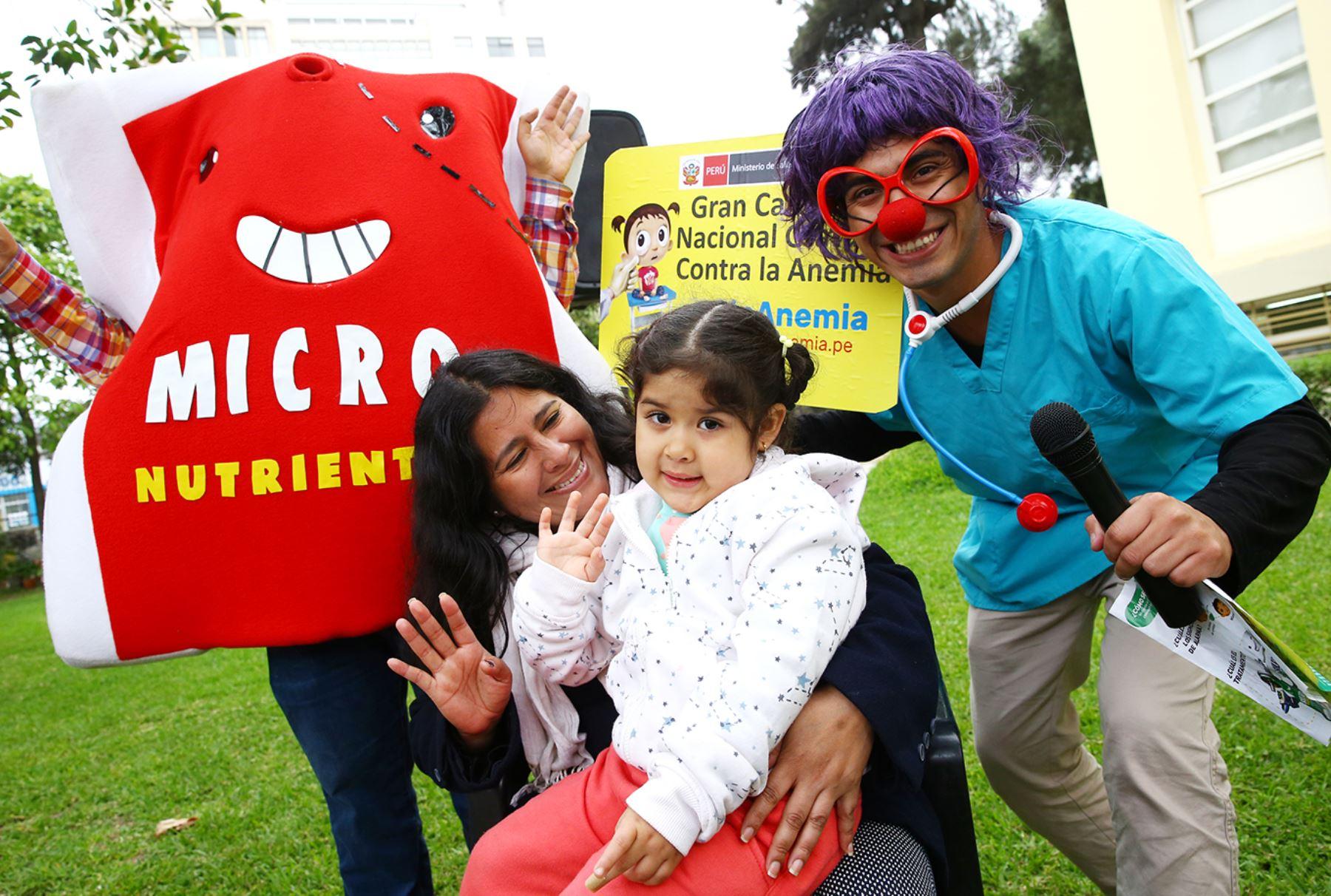 """LIMA PERÚ, OCTUBRE 19. Ministerio de Salud presenta Campaña Nacional de Diagnóstico y Tratamiento de la Anemia,  """"Patrulla Antianemia"""" Foto: ANDINA/Melina Mejía"""