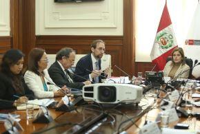 Mercedes Araoz recibe a alto comisionado de la ONU para derechos humanos.