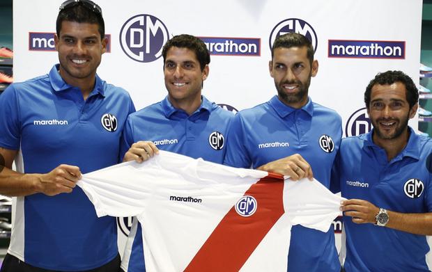Deportivo Municipal presentó a sus figuras para el Descentralizado 2015