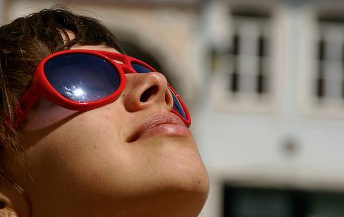 ¡Cuidado! Protege tus ojos de los rayos UV