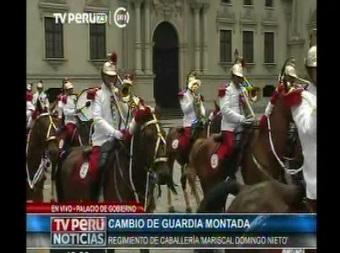 Cambio de Guardia Montada en Palacio de Gobierno
