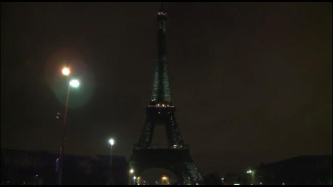 Las luces del mundo se apagaron para celebrar La Hora del Planeta