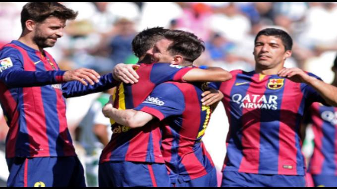 Barcelona humilló 8-0 al Córdoba con triplete de Suárez y doblete de Messi