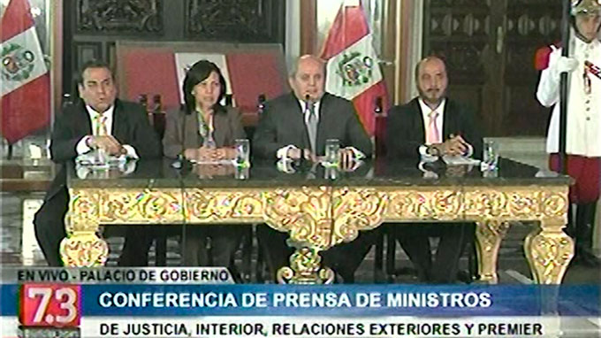 Gobierno cumplió con la ley peruana para el proceso de extradición de Belaunde