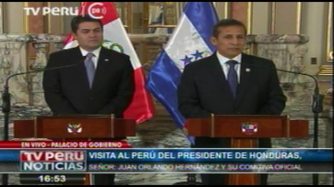 Presidente Humala recibe a su homólogo de Honduras