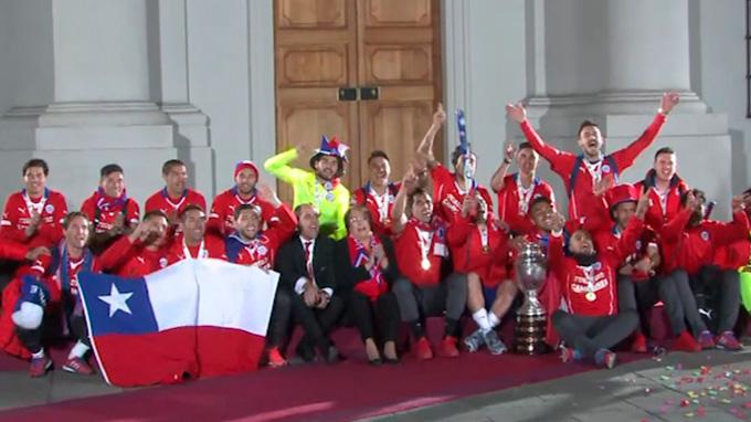 Presidenta Bachelet recibió en La Moneda a la selección chilena