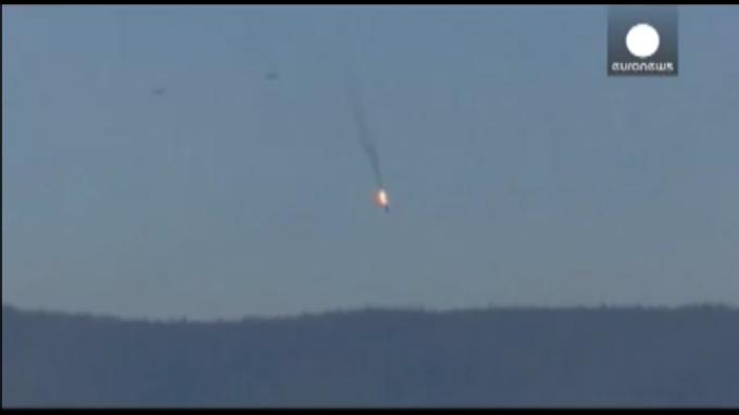 Segundo piloto de avión ruso de combate abatido por Turquía se encuentra a salvo