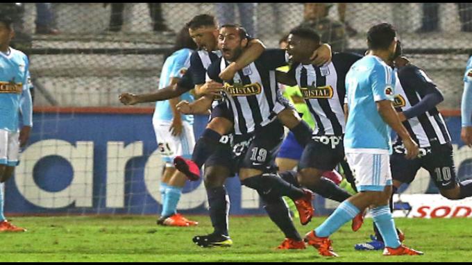 Alianza Lima se aleja del título Clausura, Sporting Cristal le ganó 2-0