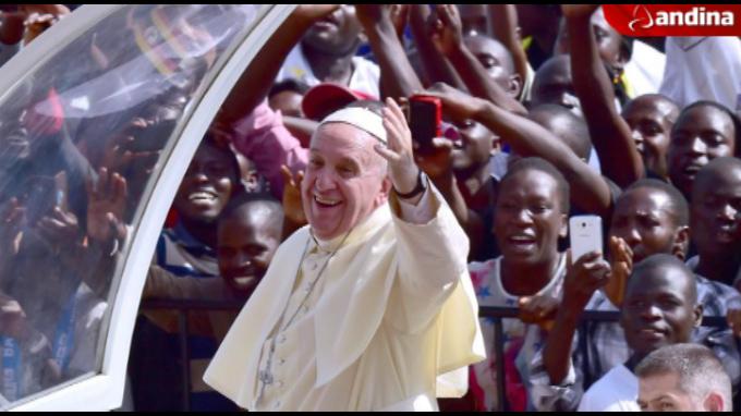 El papa Francisco concluye hoy su gira africana en Bangui entre fuertes medidas de seguridad