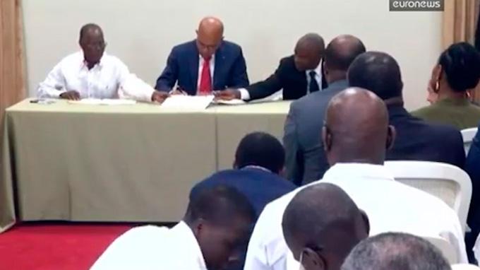 Haití entrega el poder a gobierno de transición para frenar ola de violencia