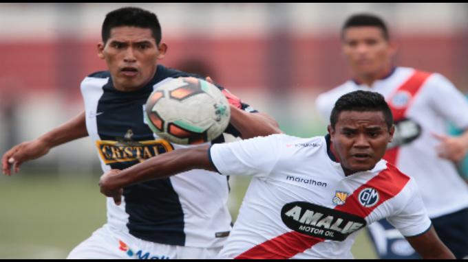 Alianza Lima derrotó 2-1 a Deportivo Municipal en Villa El Salvador