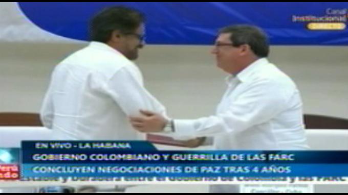 Gobierno y FARC concluyen acuerdo final para paz en Colombia