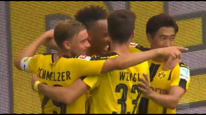 Borussia Dortmund debuta con victoria