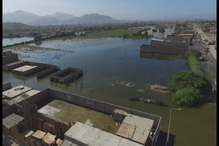 Huarmey: panorama desolador visto desde el aire