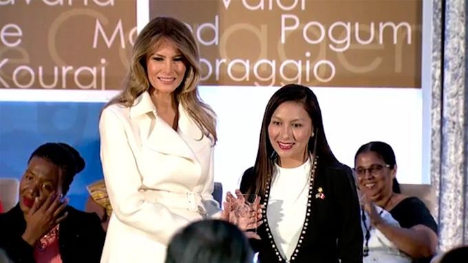 Gobierno de Estados Unidos premia a Arlette Contreras