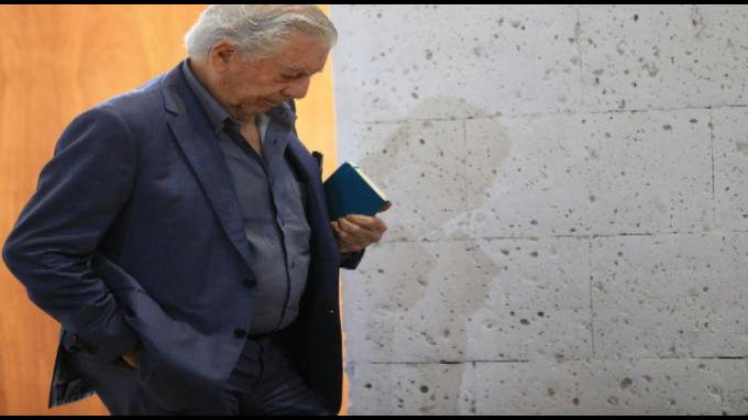 Vargas Llosa: Democracia no es solo una costumbre, sino un cuerpo de ideas