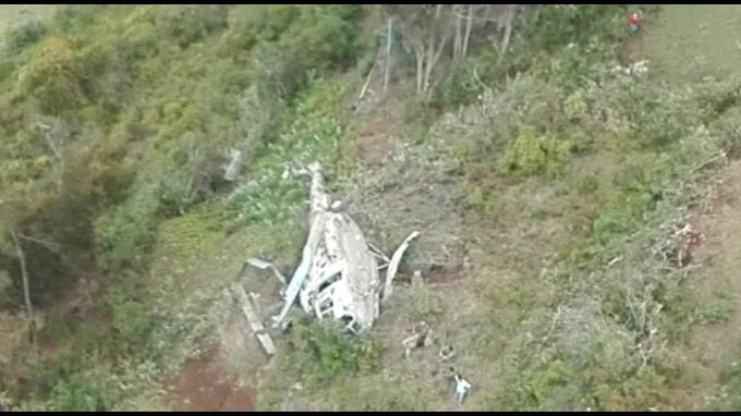 Cae helicóptero EP y sobreviven los 7 tripulantes a bordo