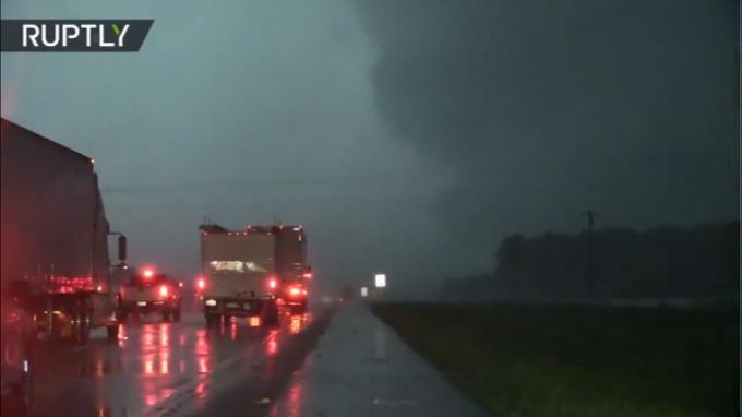 Texas: Tres tornados dejan al menos 5 muertos y 50 heridos