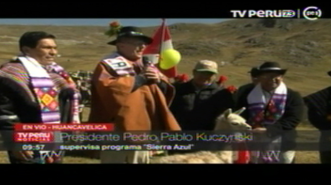 "Presidente Kuczynski supervisa programa ""Sierra Azul"" en Huancavelica"