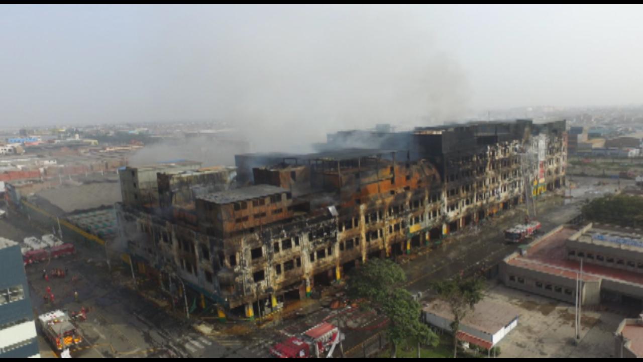AndinaDron: imágenes de la galería Nicolini a tres días del incendio
