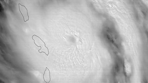 Huracán María causa daños devastadores en isla Dominica