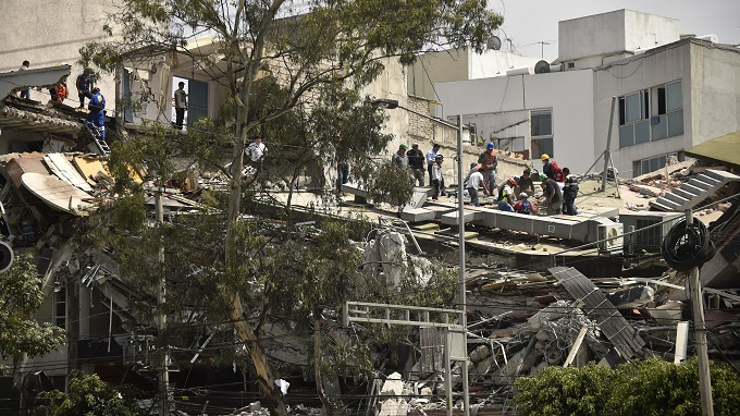 México azotado por dos terremotos de 7.1 y 6.8