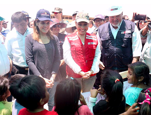 Mercedes Aráoz inspecciona labores de reconstrucción en Piura