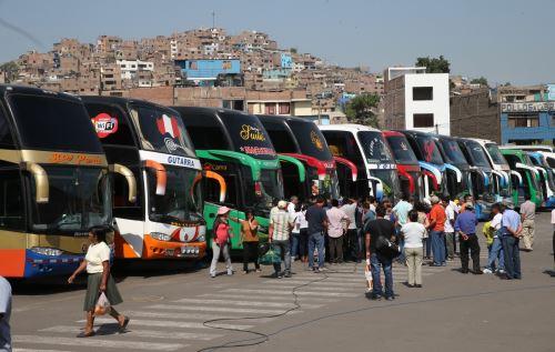 Sutran invocó a los transportistas evitar circular por la carretera Central.